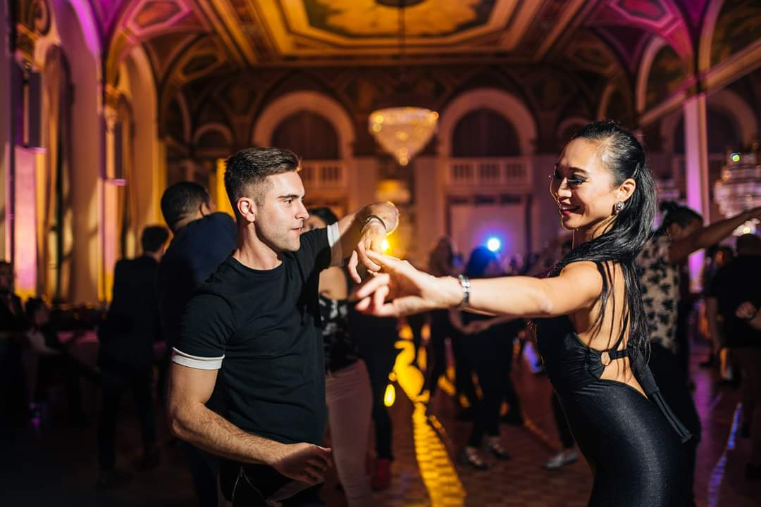 dance connexion toronto bachata classes
