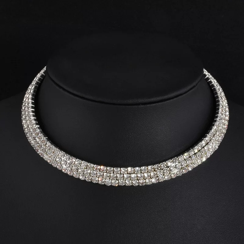 Performance 3 rows choker $8 (or combo performance jewellery pack for $20)